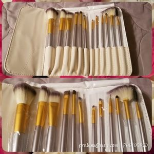 Makeup Brushes/Set of 12